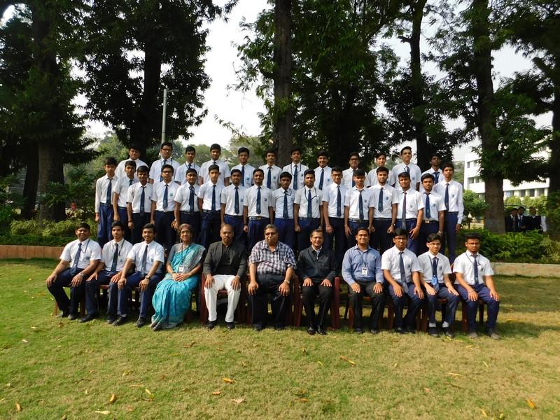Dr. Jaydeep Mukherjee, Director of Nasa Space Grant Consortium interacting with Lawrencians