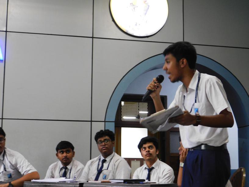 English Debate 2018