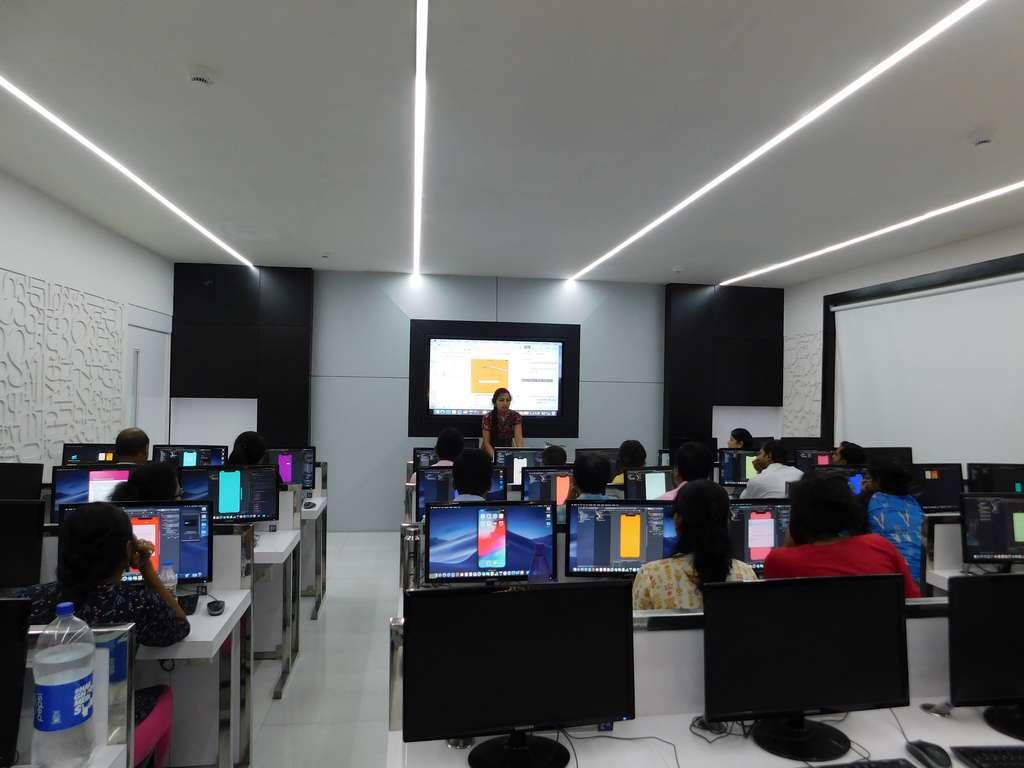 Apple Swift Workshop at Dr. APJ Abdul Kalam Mac Lab for teachers: 9th July 2019