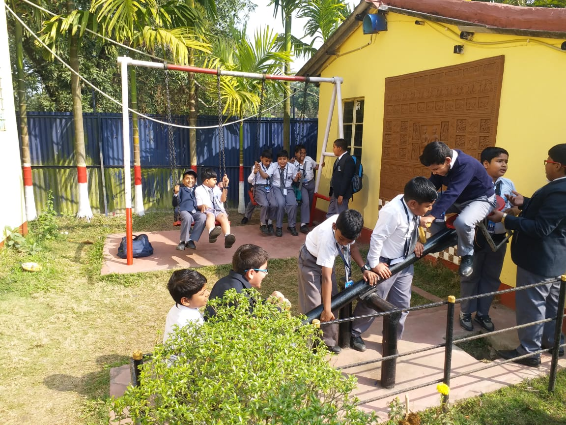 School Picnic: : Classes 5 and 10 : 12th February 2020