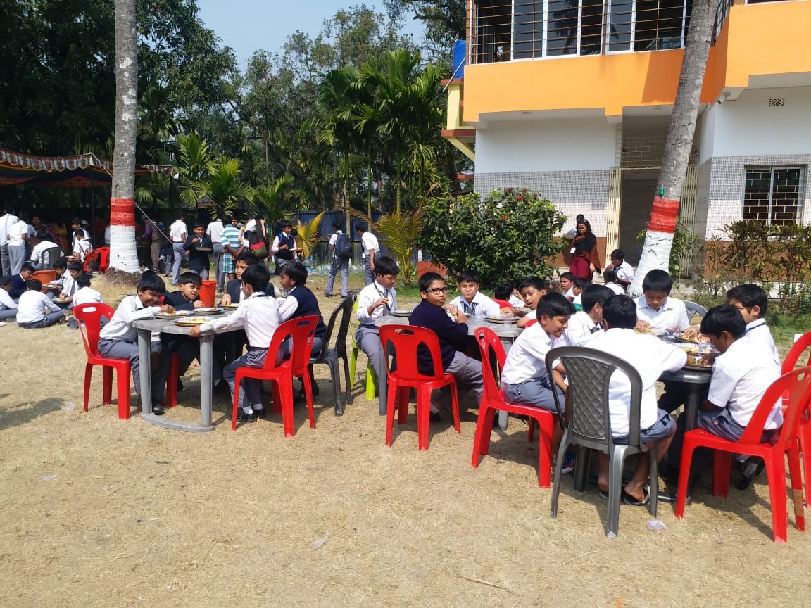 School Picnic: : Classes 6 and 9 : 13th February 2020